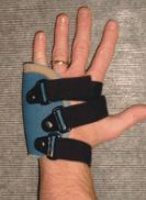 low profile metacarpal fracture brace